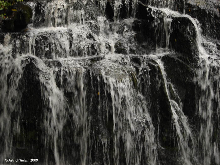 photo: waterfall