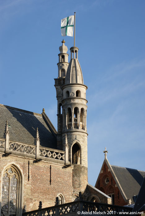 Brugge: towers, turrets and house fronts